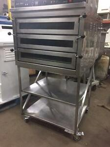 DOYON JET AIR PIZZA OVEN  MODEL # PIZ3 NATURAL GAS *including the stand