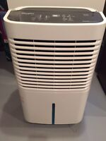 WHIRLPOOL HOME DEHUMIDIFIER GOLD SERIES MINT FOR SALE