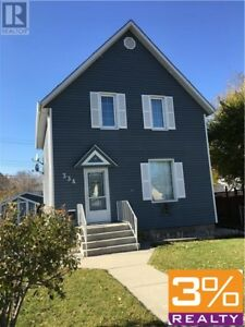 D21//Brandon/Upgraded Character home! ~ by 3% Realty