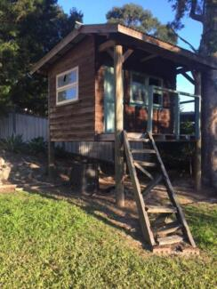 Cubby house for free