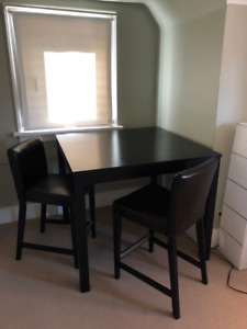 IKEA *** Bar table + 2 bar stools - Only $50