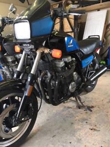 2-1984  & 1985 Honda Nighthawk