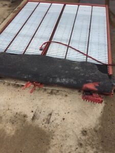 Case IH Sieve top Grain 2188 and 2388 $400