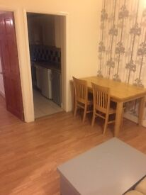 Ground Floor 2 BEDROOM FLAT IN ILFORD £1300.00pcm