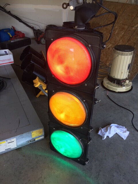 "AUTHENTIC Traffic Signal Light Wired LED W/ Hanger 12"" Lenses"