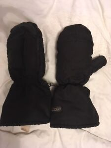 KOMBI Black XL Snowmobile Ski Mitts (reg $60+)