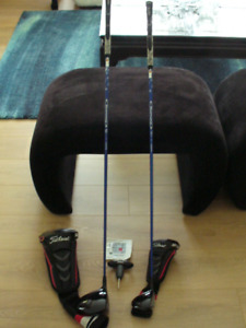 Titleist 913D2 Driver& 3 wood with headcovers, tool & book