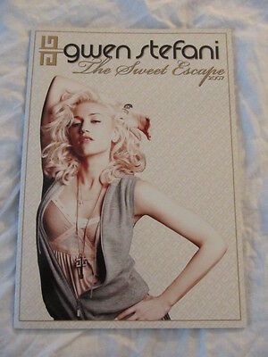 GWEN STEFANI 2007 The Sweet Escape Concert Tour Program Book!!!
