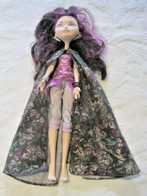 Ever After High Legacy Day Raven Queen Doll Original Dress, Cape Jewelry - $21.99