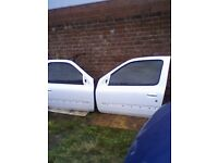RENAULT CLIO 1998 / 2005 PHASE 1 & 2 PAIR OF WHITE DOORS