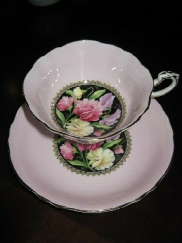 Paragon Pink Teacup & Saucer  ~  Sweet Pea flowers  ~   BEAUTIFUL