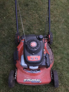 MURRAY Lawnmower - with HONDA motor - selling for parts
