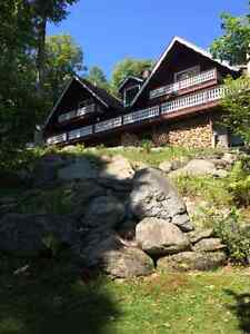 Beautiful Seasonal Rental, 4 bedrooms, 5 miles from Jay Peak