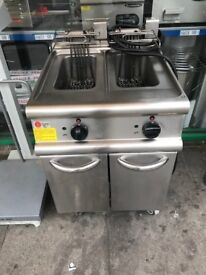 2 separate tank chips fryer 3 phase chips fryer commercial catering kitchen equipment restaurant