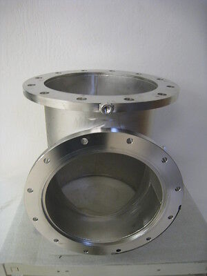 Vacuum Tee With 3 12 Inch Asa Flanges