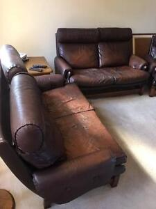 Moran FREE 2 x two seater leather couches Bentleigh Glen Eira Area Preview