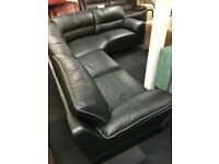 BLACK/GREY EXTRA LARGE LEATHER CORNER SOFA
