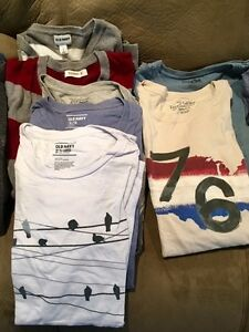 GAP, Old Navy, American Eagle shirts (L and XL) West Island Greater Montréal image 3