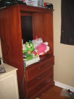 selling T.V entertainment unit - FREE DELIVERY