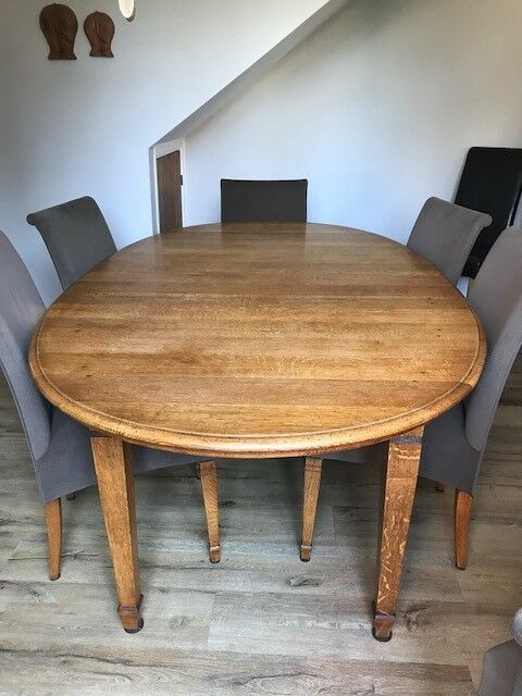 Solid Oak Dining Table And 6 Matching Chairs Large Heavy Oval Extends With