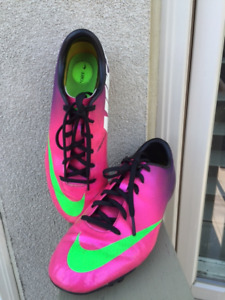Nike Mercurial Outdoor Soccer Cleats. Size 6Y