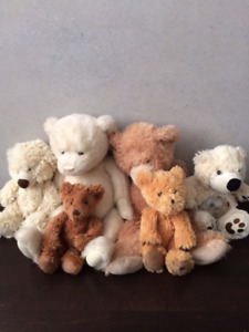 plush stuffed animals/ toutous/ peluches