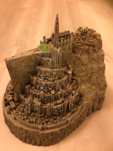 Lord of the Rings Return of the King Minas Tirith Statue