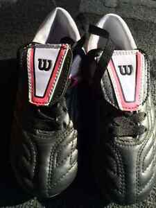 Kids Soccer Cleats,Size 10.5 to 11 (Pink accents)