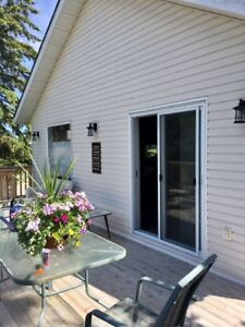 Weekly rental in cottage district of Sylvan Lake