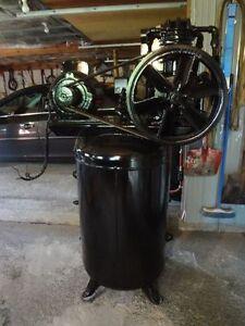 Shop Compressor 80 gallon Cornwall Ontario image 1