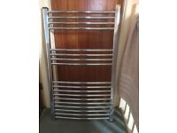 BATHROOM TOWEL RAIL (HOT WATER TYPE) 1000MM X 600MM