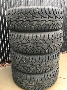 Pneu d'hiver a vendre Winter Tires for sale