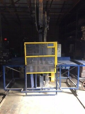 Northfield Foundry Machine Company Vertical Bandsaw With Table