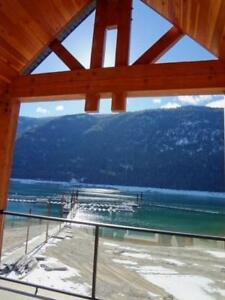 #316 5570 BROADWATER Road Castlegar, British Columbia
