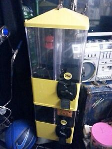 Candy machine with 8 compartments key included  Kitchener / Waterloo Kitchener Area image 1