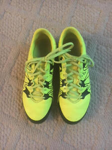Adidas X Soccer Shoes – Youth Size 5