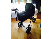Phil & Teds navigator 2 buggy plus LOTS of extras incl newborn carrycot