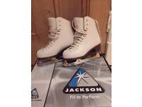 JACKSON MYSTIQUE FIGURE ICE SKATES SIZE 1