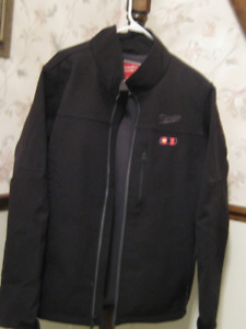 MILWAUKEE HEATED COAT