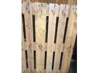 free 4-5 wooden palletes