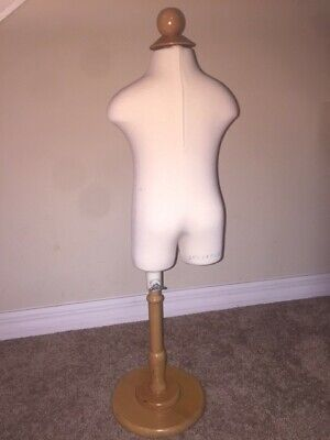 Babydress Form Mannequin 6 Months