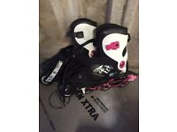 INLINE SKATES, ADJUSTABLE SIZE 3,4,5
