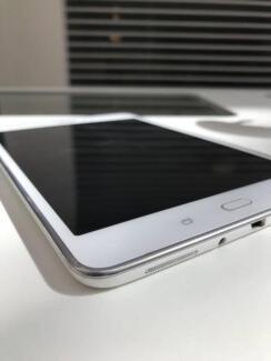 Samsung Galaxy Tab A 8.0 SM-T355Y 16GB, Wi-Fi + 4G - Sandy White