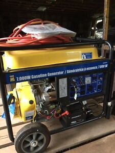 7000W Gasoline Generator w/ Electric Start