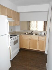 #3671 - 3 Bedroom Townhouse in Patterson $950 Avail. July 1st