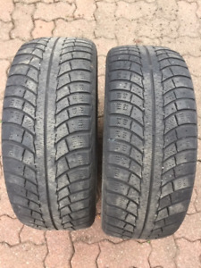 Vends 2 pneus Gislaved Nord Frost 5 - 205/55 R16