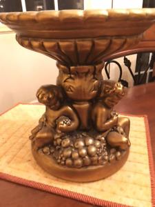 Vintage pedestal