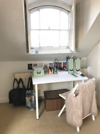 Bright, Airy, Spacious Attic Room in Beautiful Brockley Home