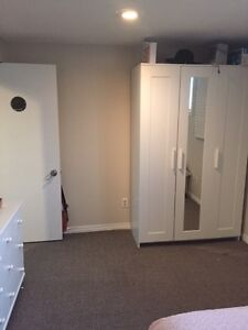 1 room for student rental in Old North area London Ontario image 3