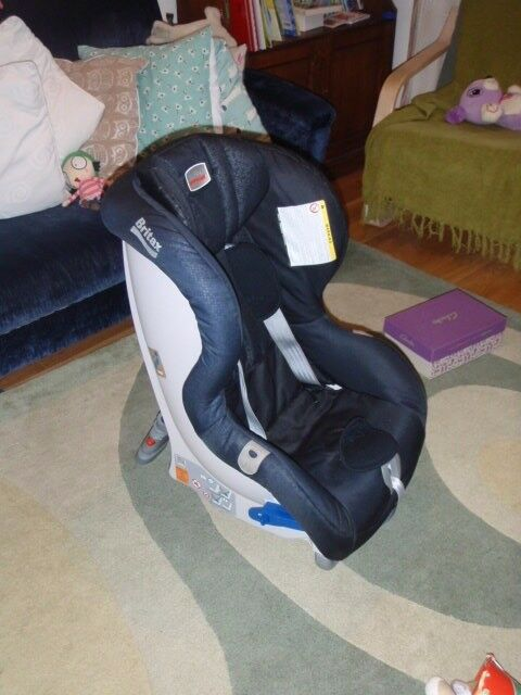 BRITAX MAXWAY Ultra safe extended rear facing child car seat: 9-25kg (5-6 yrs). No crashes or bumps